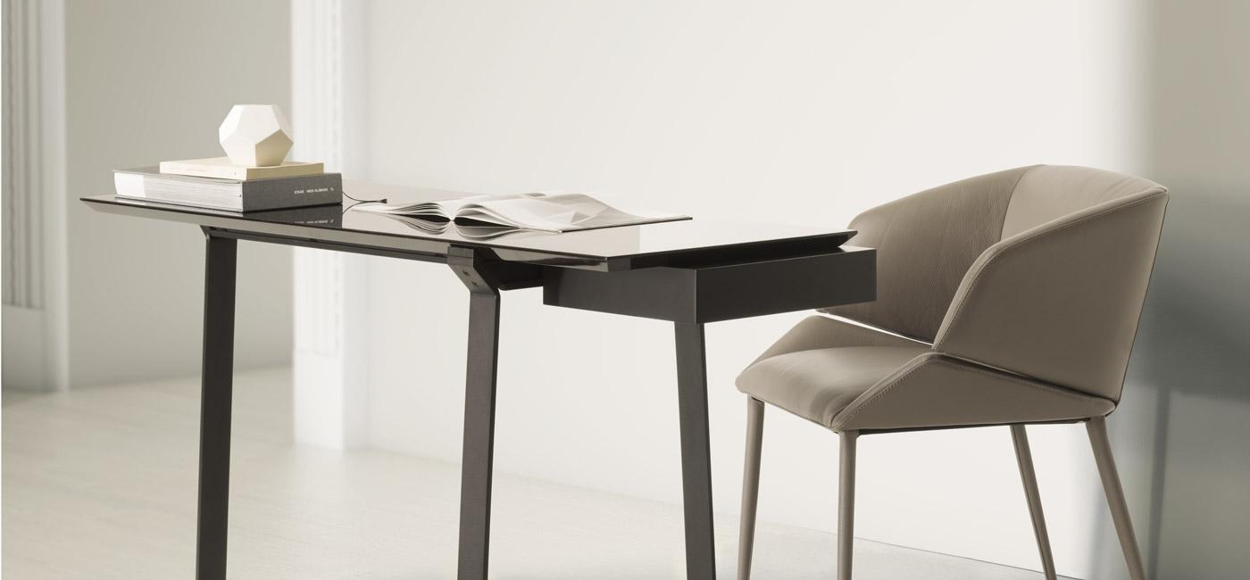 OMEGA书桌